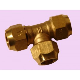 15mm Brass crox tee